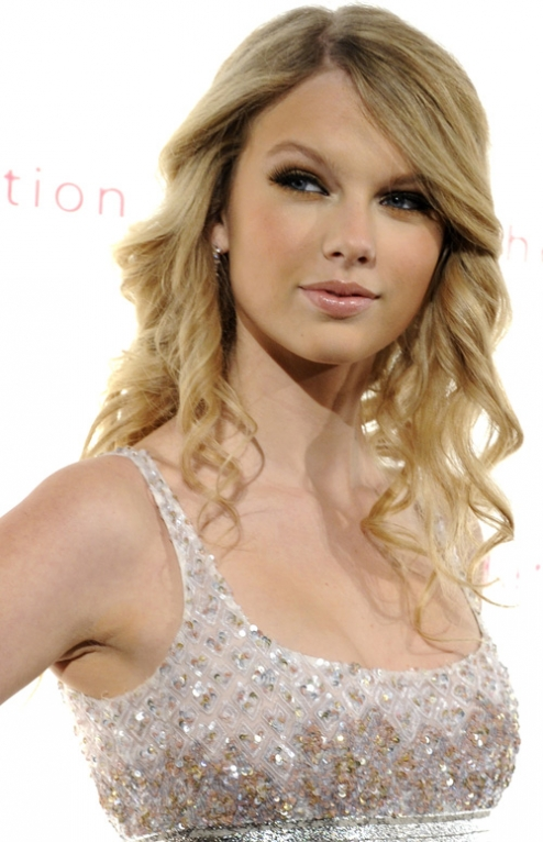 prominently throughout her new album Fearless. More about Taylor Swift